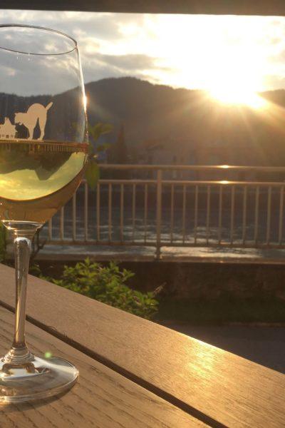 Abendsonne-Wein-Job-Gesundheits-Krankenpfleger-Altenpfleger-Bayern