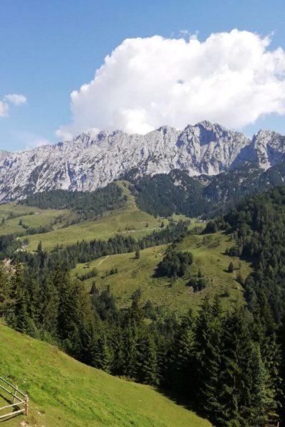 Alpen-Panorama-Job-Gesundheits-Krankenpfleger-Altenpfleger-Bayern