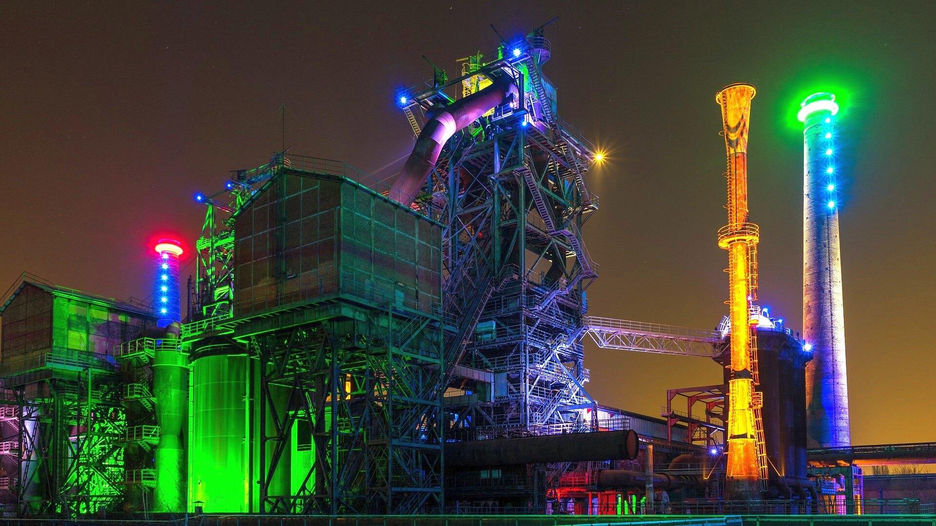 Jobs-Stellenangebote-Duisburg-Landschaftspark-Nord-Nacht-Illuminiert-Industrie-1